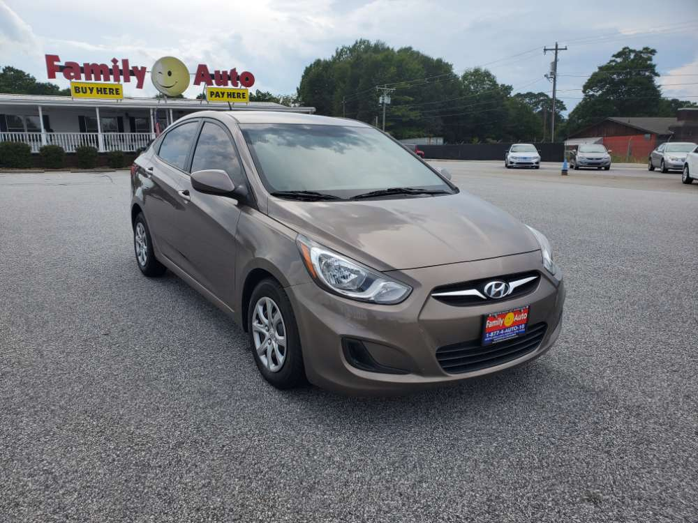 Hyundai Accent 2012 Bronze