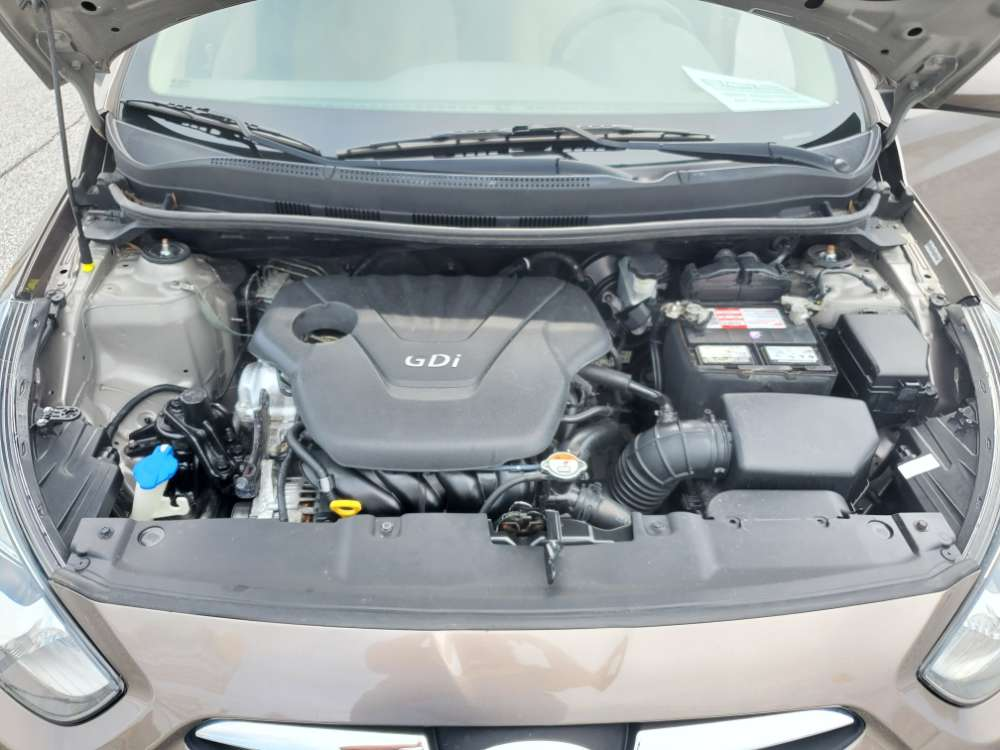Hyundai Accent 2012 Bronze