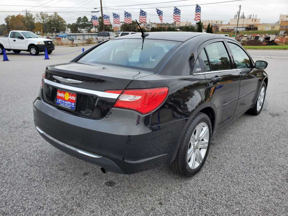 Chrysler 200 2013 Black