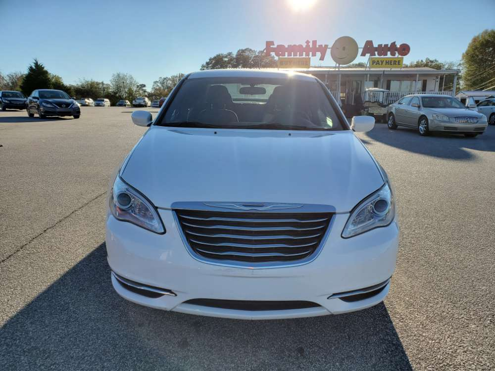 Chrysler 200 2013 White