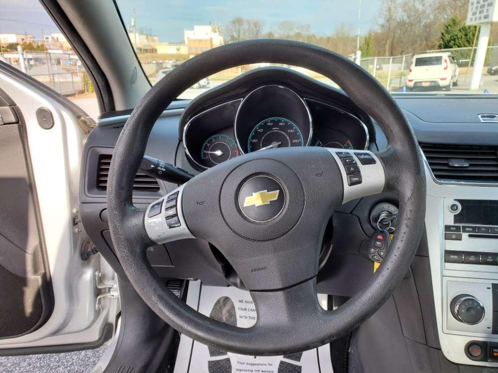 Chevrolet Malibu 2011 Silver