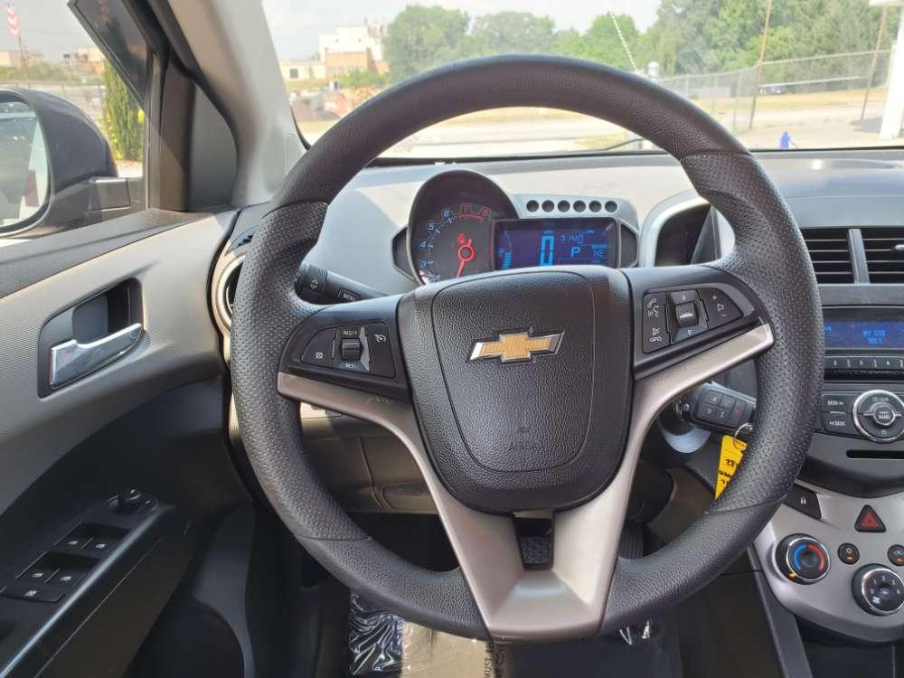 Chevrolet Sonic 2013 Brown