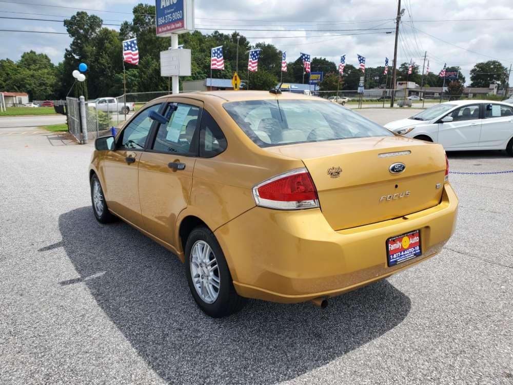Ford Focus 2009 Orange