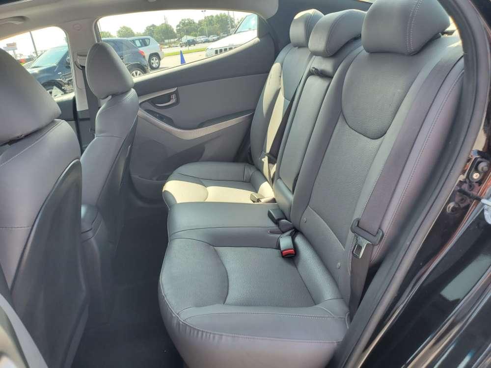 Hyundai Elantra 2011 Black