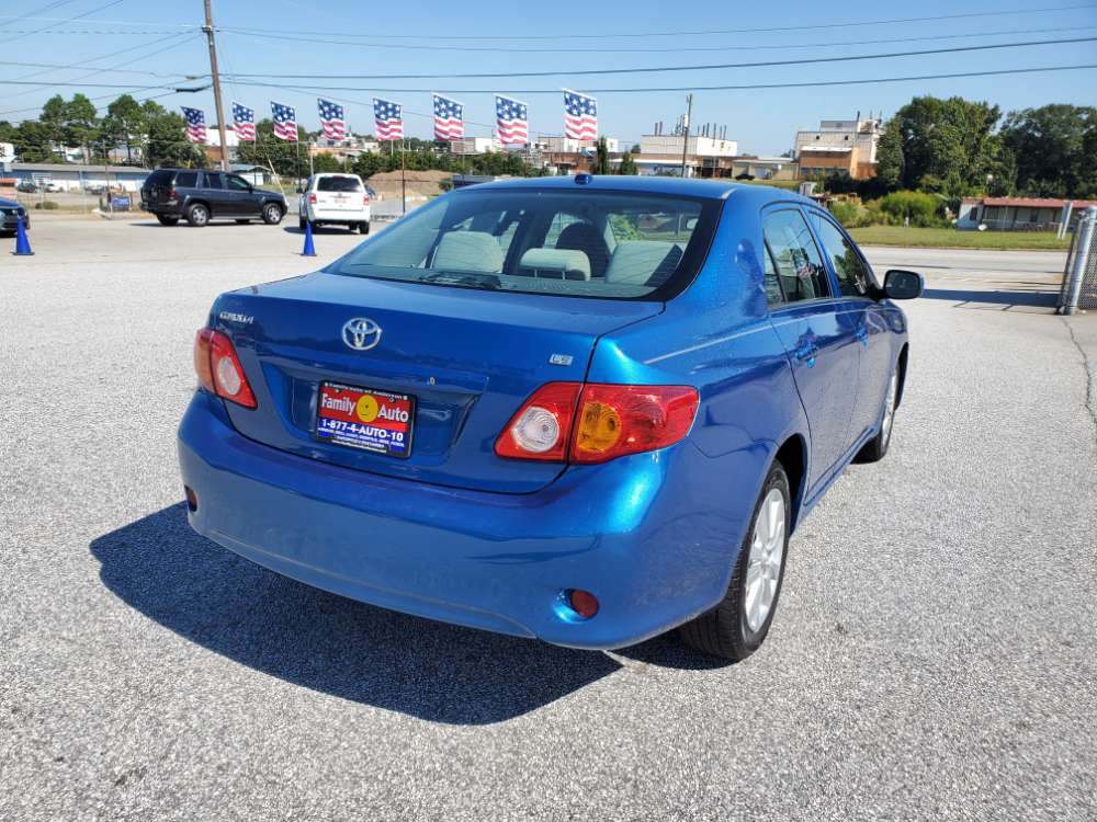 Toyota Corolla 2010 Blue